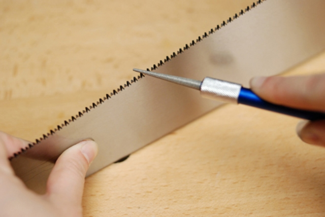 Правильная заточка ножовки