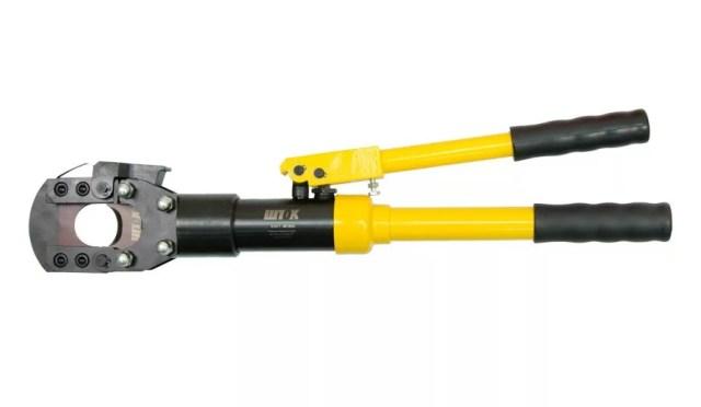 Разрезание стального троса гидравлическими ножницами