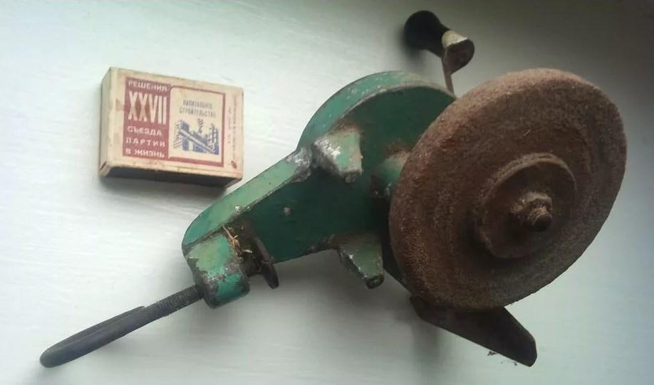 Ручная модель инструмента