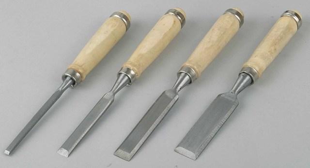 Модели с деревянной рукояткой