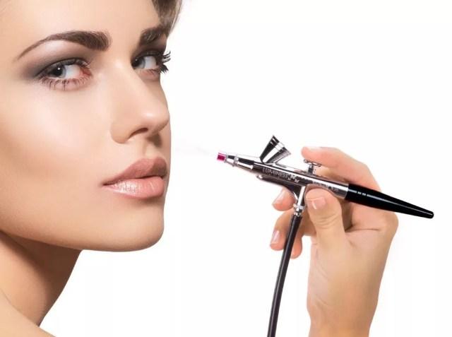 Экземпляр для макияжа